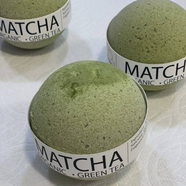 Matcha Organic Green Tea bath bomb